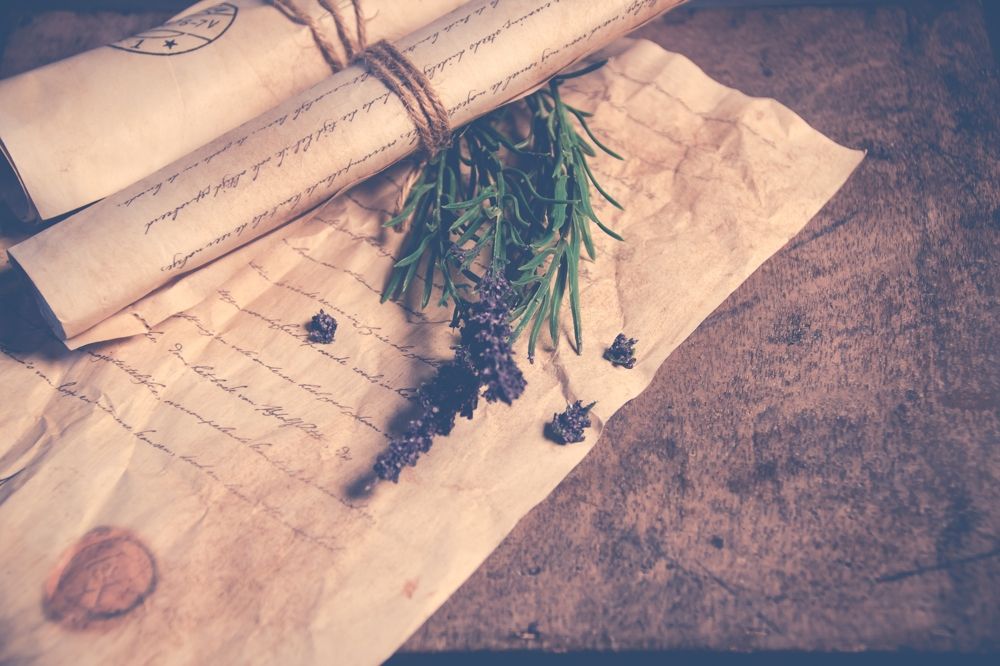 Bekannt aus alten Mantel- und Degenfilmen. Bis weit ins 19. Jahrhundert wurden Briefe so versendet. Abbildung: Pixabay