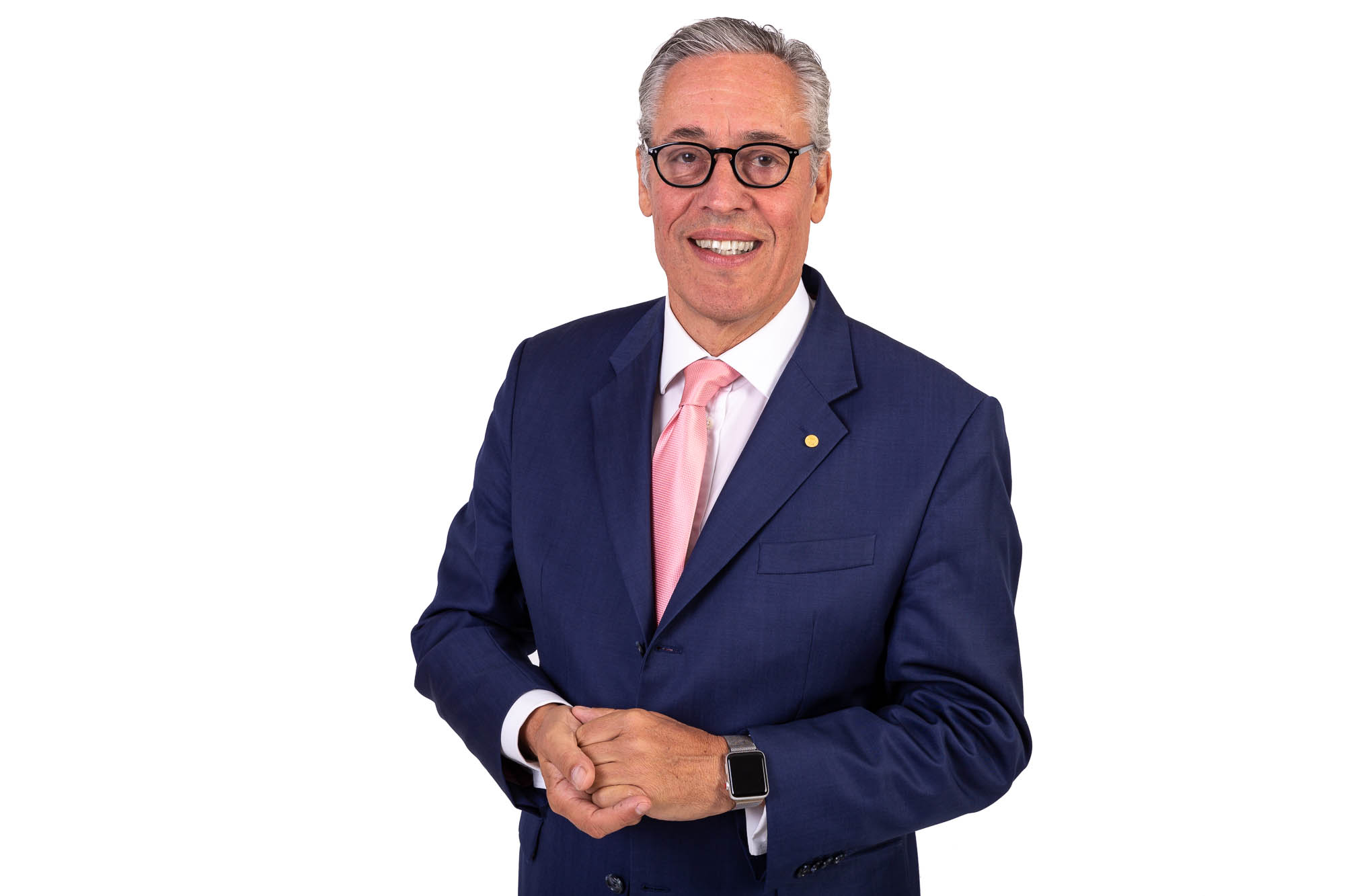 Karl Werner Schmitz ist Buchautor, Coach und ein Experte für Haptik in Verkauf und Marketing. haptische-verkaufshilfen.de. Abbildung: Karl Werner Schmitz