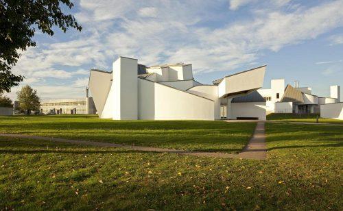 Das Vitra-Design-Museum in Weil am Rhein. Abbildung: Vitra Design Museum/Bettina Matthiessen