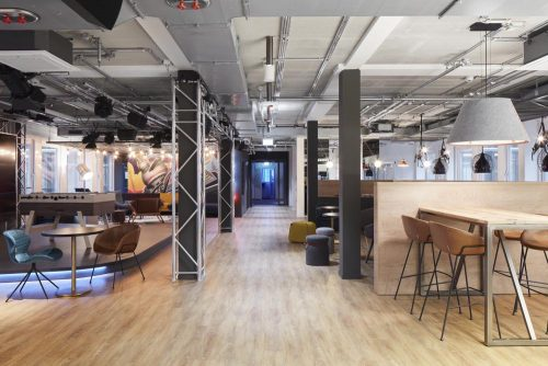 Das Herzstück der gesamten Fläche ist ein als Loft konzipierter halböffentlicher Raum. Abbildung: Sebastian Dörken/Max Schroeder