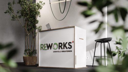 Nachhaltiger Empfang: Tresen aus recycelbarem Wabenkarton. Abbildung: ReWorks