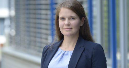 Die Leiterin der interdisziplinären Arbeitsgruppe Psychoakustik und kognitive Ergonomie des Fraunhofer-Instituts für Bauphysik IBP Noemi Martin. Abbildung: Fraunhofer IBP